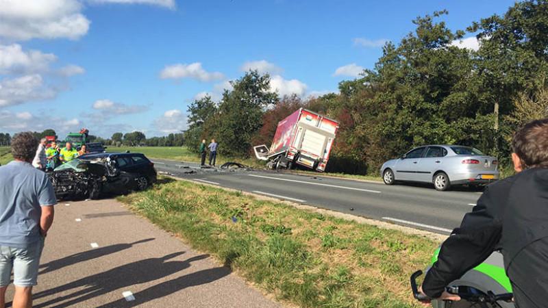 Dodelijk Ongeluk In Hoogwoud Auto Botst Frontaal Met Vrachtwagen Nh Nieuws