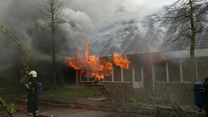 Zeer grote brand in Wieringerwerf I