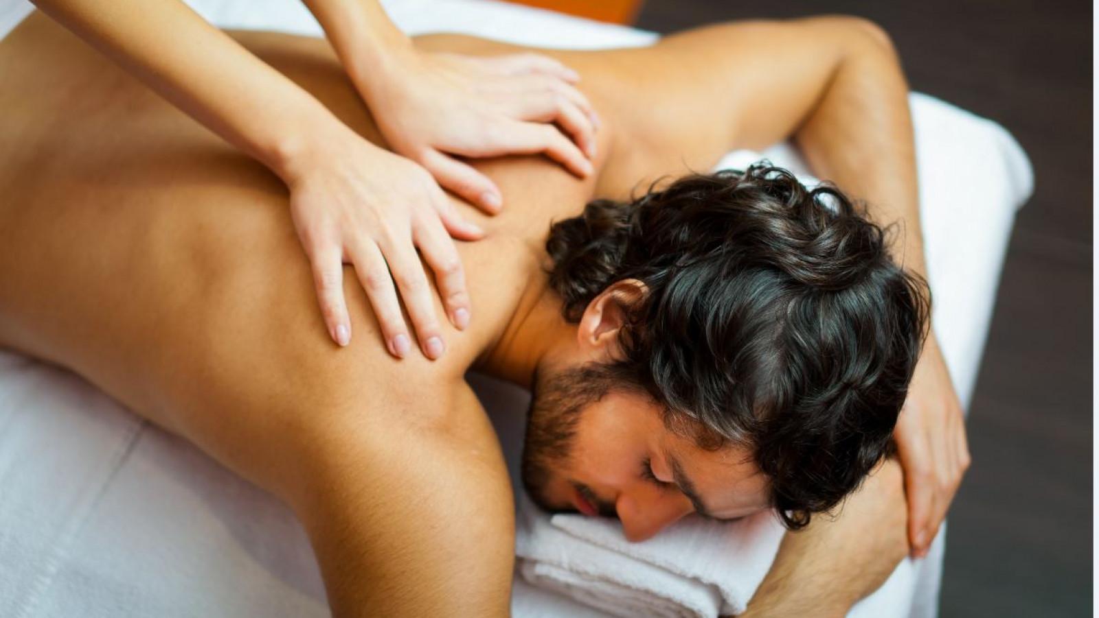 facebook massages naakt in de buurt texel