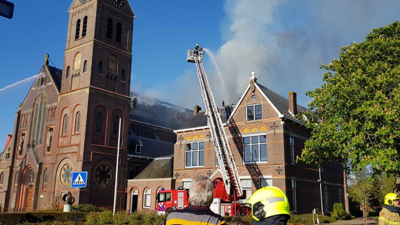 Kerk Limmen brand
