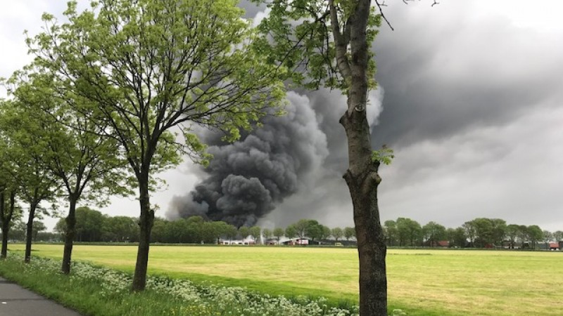 Veel rook door brand Wijdenes