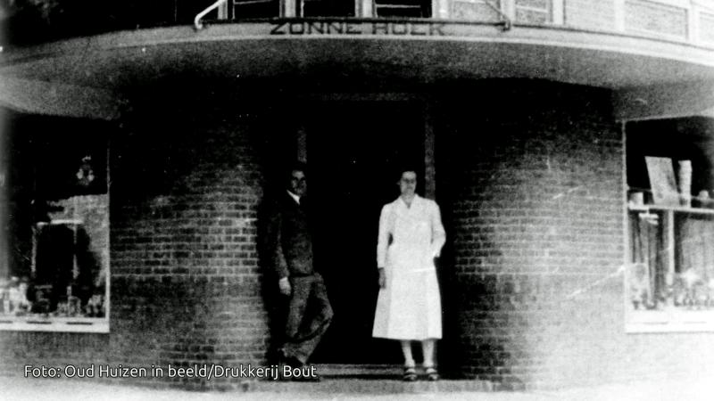 Bert en Annie Bochove voor De Zonnehoek