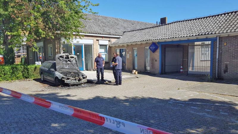 Brandstichting politiebureau Nieuw-Vennep