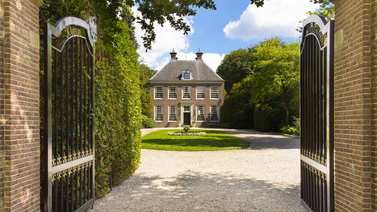 Drieklomp | R365 | Christie's International Real Estate