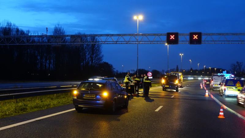 Ongeluk met zes auto's op A7 bij Purmerend