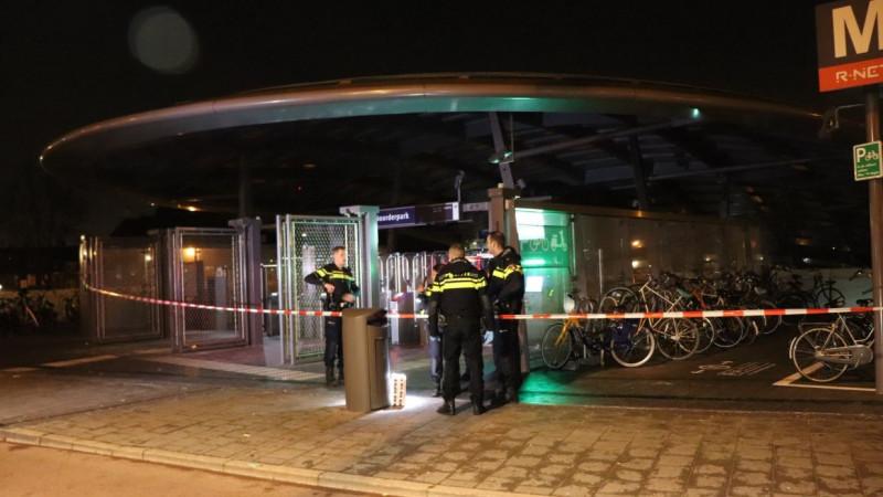 Kaartjesautomaat Noord/Zuidlijn opengebroken