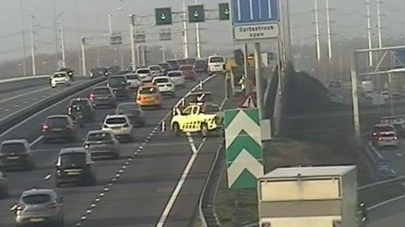 File door dubbel ongeluk op A9 richting Alkmaar.