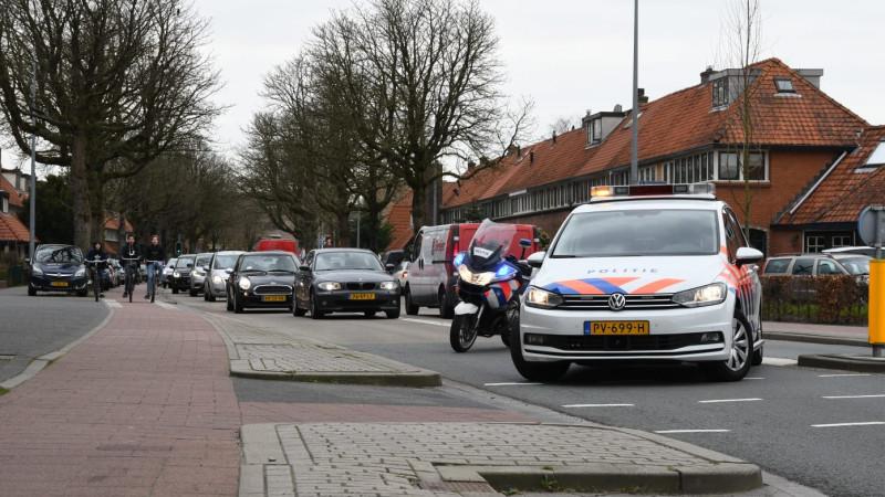 Fikse botsing bij rotonde Kamerlingh Onnesweg in Hilversum