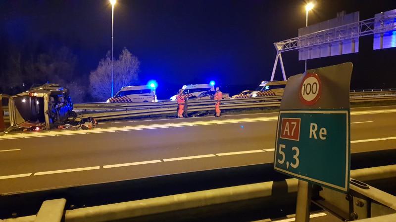 'Spookrijker op A7: zes gewonden'