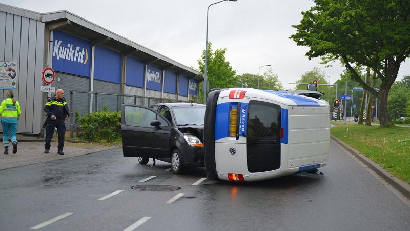 Twee gewonden bij botsing in Hoofddorp