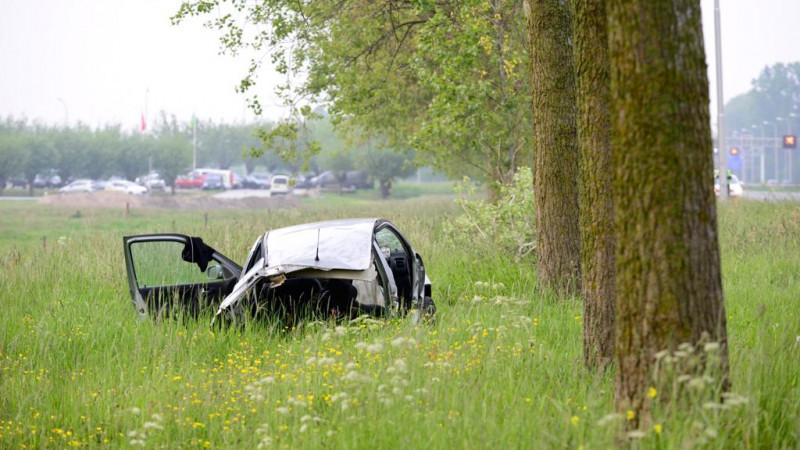 Ongeluk op A9 bij Akersloot: auto breekt doormidden