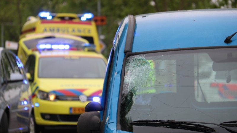 Voetganger gewond na aanrijding in Nederhorst den Berg.