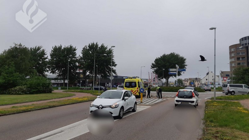 Jonge fietser gewond bij aanrijding op rotonde Den Helder.