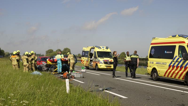 Gewonde bij ernstig ongeluk op N9: weg is dicht.