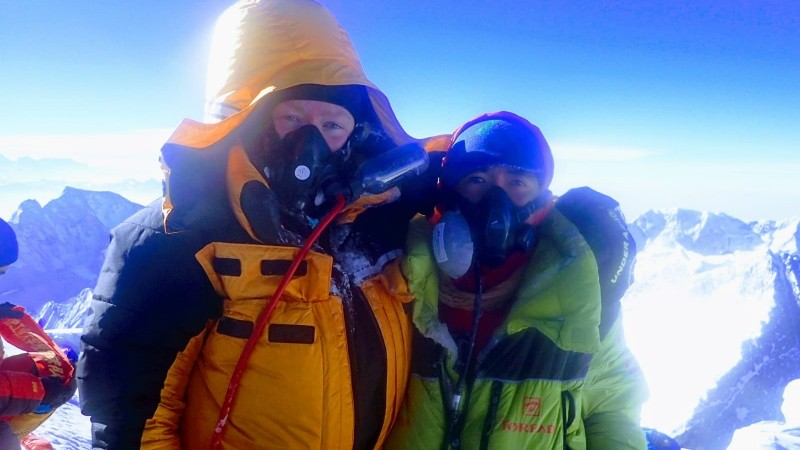 Daphne de Jong (29) bereikt top Mount Everest