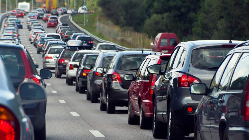 Flinke file door ongeluk op A9 richting Alkmaar.