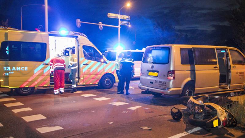 Scooterrijder zwaargewond na ongeluk in Haarlem