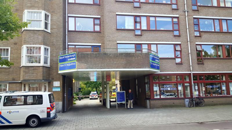 Vrouw neergestoken bij woonzorgcentrum Amsterdam-West