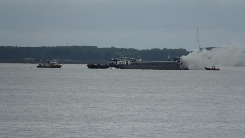 Brand op boot Markermeer
