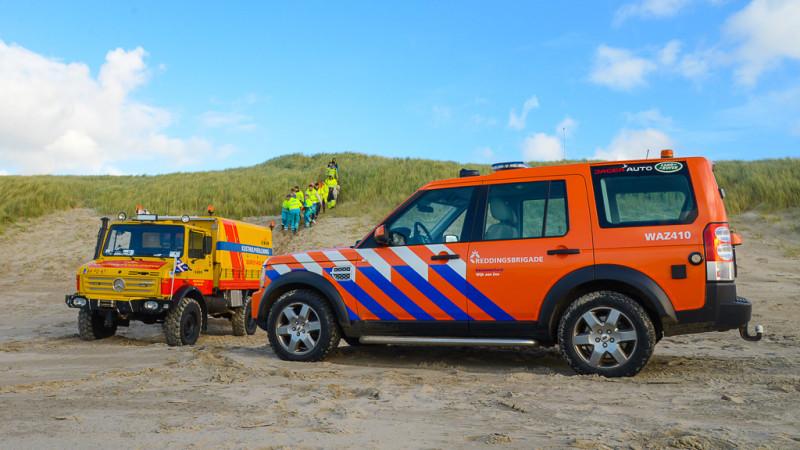Weer ongelukken met paragliders op strand Wijk aan Zee.