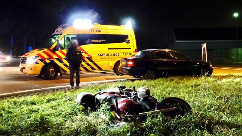 Motorrijder gewond na ongeluk met auto in Wijdewormer.