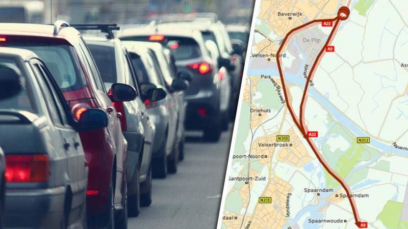 Kilometerslange file op A9 bij Beverwijk door ongeluk: twee rijstroken dicht.