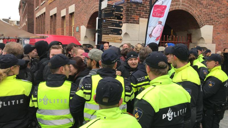 Politie bij intocht Alkmaar
