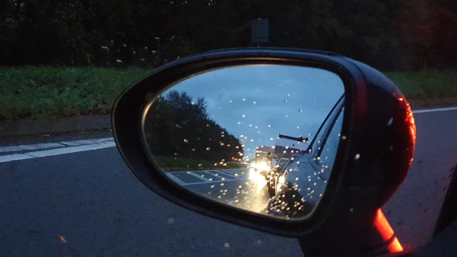 Lange file op A7 door ongeluk tussen Purmerend en afrit Avenhorn.