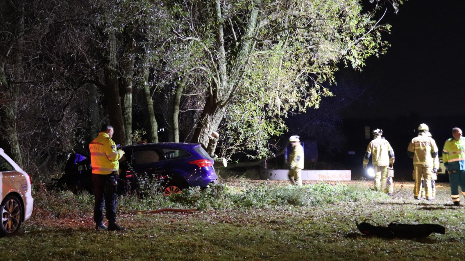 Taxichauffeur overleden na eenzijdig ongeluk in Amsterdam.