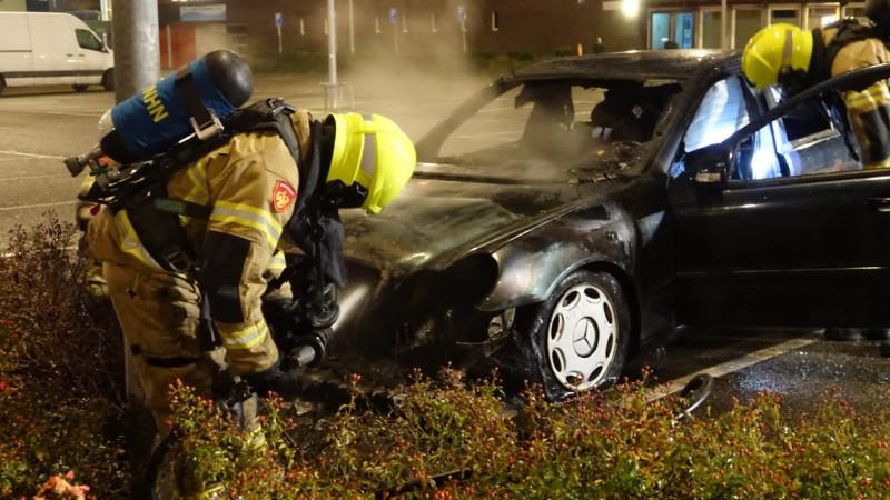Geparkeerde auto uitgebrand in Medemblik
