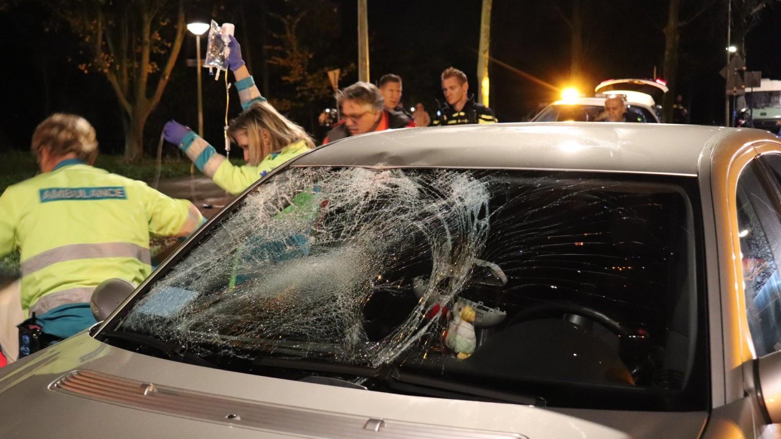 Fietser gereanimeerd na botsing met auto in Nieuw-West.