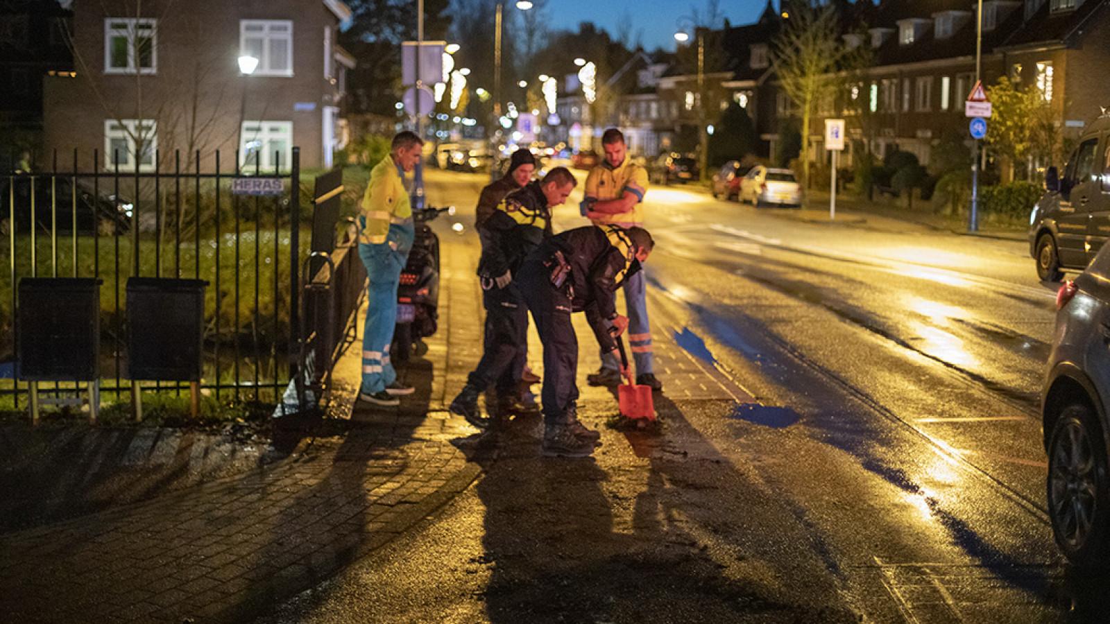 Politie waarschuwt voor verraderlijk gladde wegen na meerdere ongelukken.