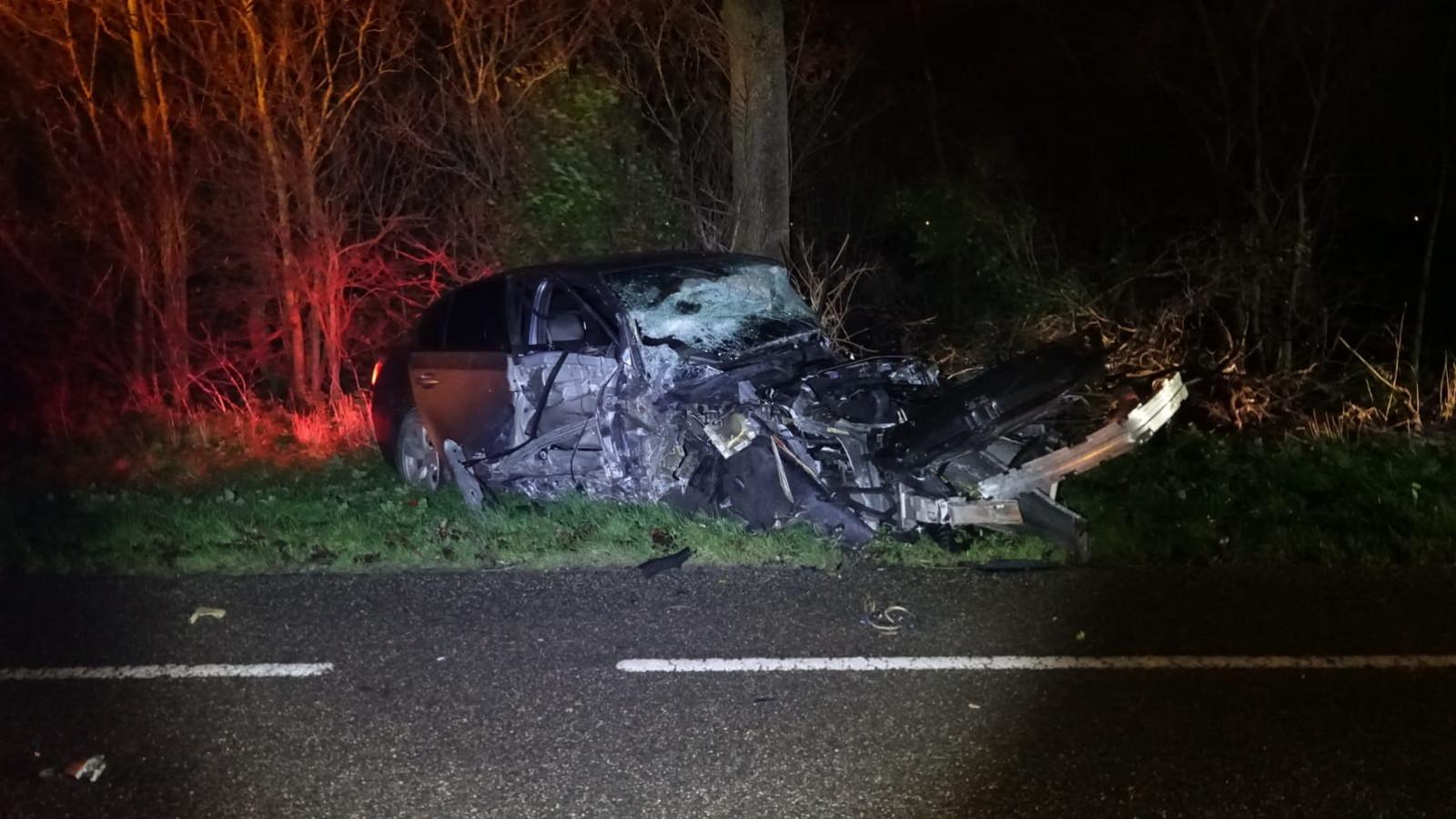 Meerdere gewonden bij auto-ongeluk in Hensbroek.