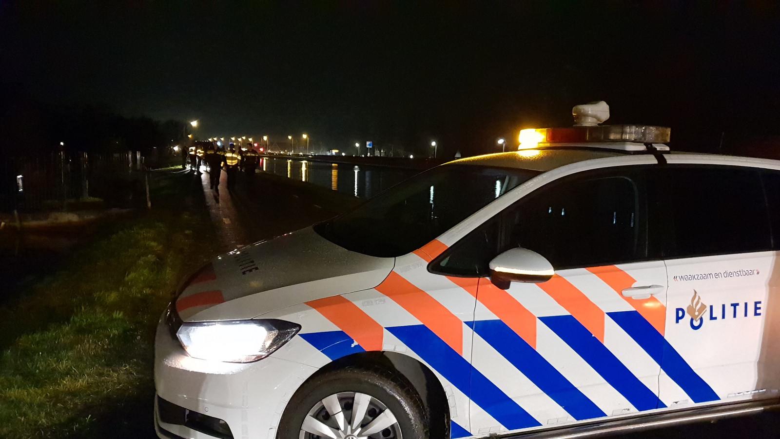 Fietser zwaargewond bij botsing met wandelaar in Landsmeer.