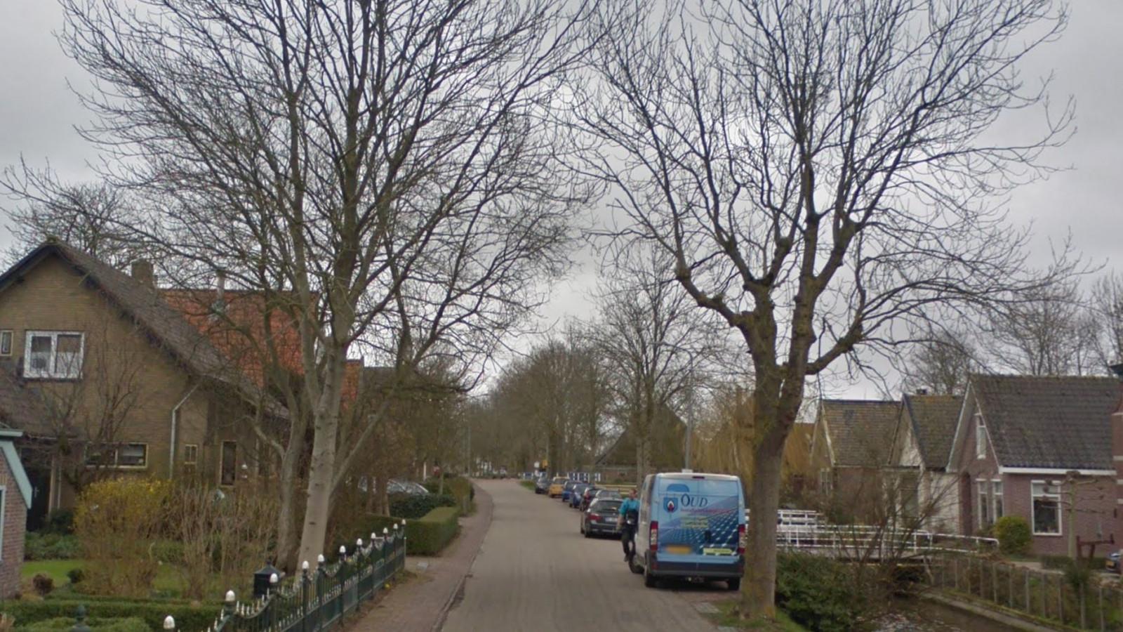 Agressieve automobilist slaat er op los na botsing in Barsingerhorn.