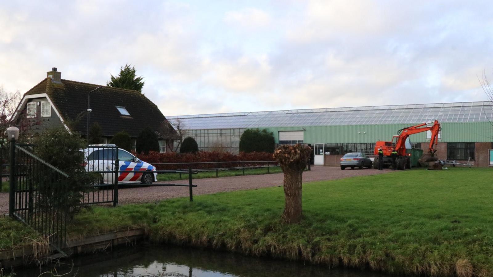 Gewonde bij ongeluk met graafmachine in Aalsmeer.