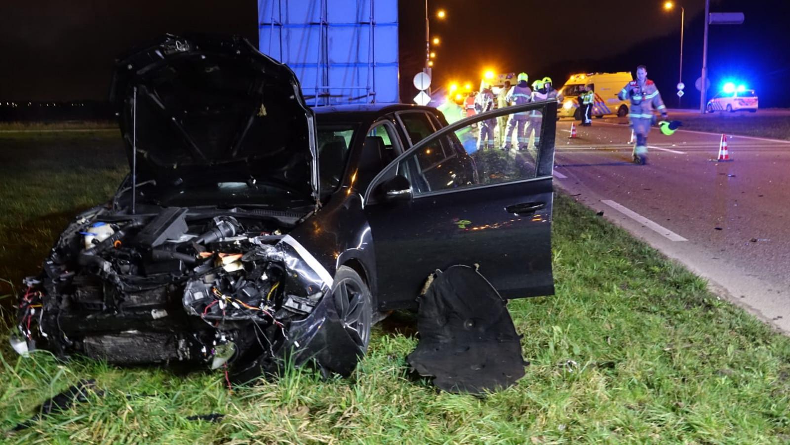 Vrouw overleden na zwaar auto-ongeluk in Noord-Scharwoude.