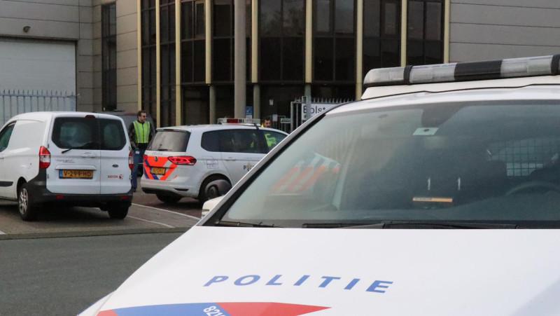 Foto's hulpverlening na explosie bombrief Bolstoen Amsterdam
