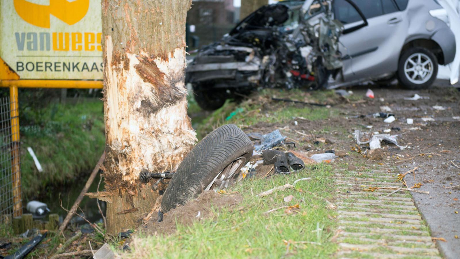 Man komt om bij ongeluk in Nieuw-Vennep.