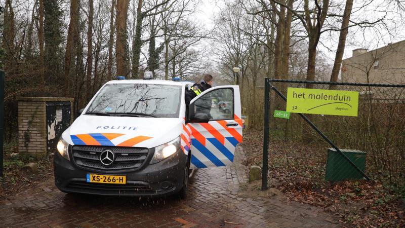 Politie bij school Driehuis na geweld Santpoort-Noord