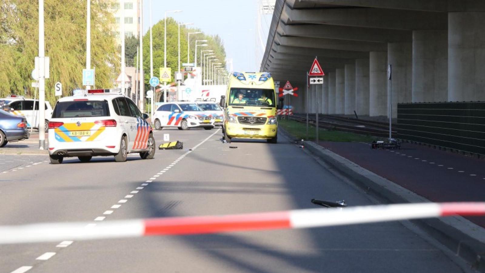 Fietser overleden na aanrijding in Westelijk Havengebied.
